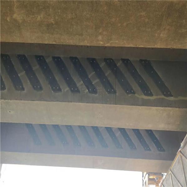 桥梁加固粘钢加固施工方案