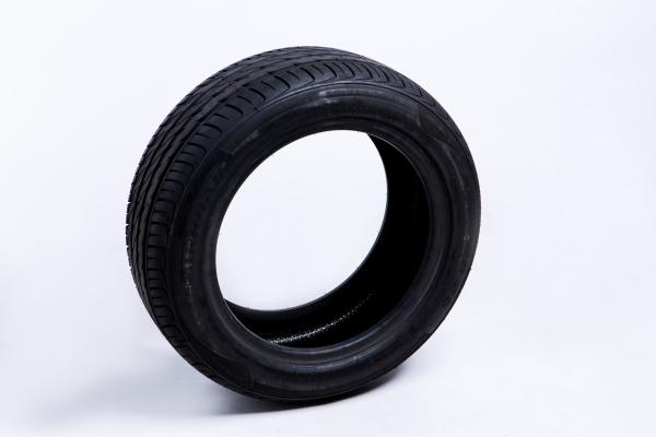 战马智能安全轮胎1